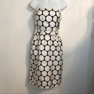 Banana Republic navy/white polka dot dress. Size 6